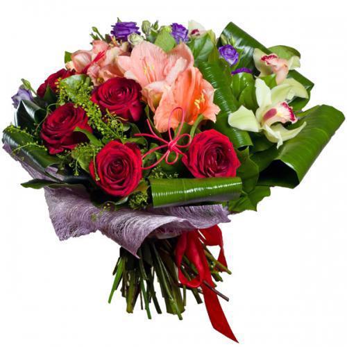 Доставка цветов в новом уренгое дешево живые цветы в коробке с макаронами
